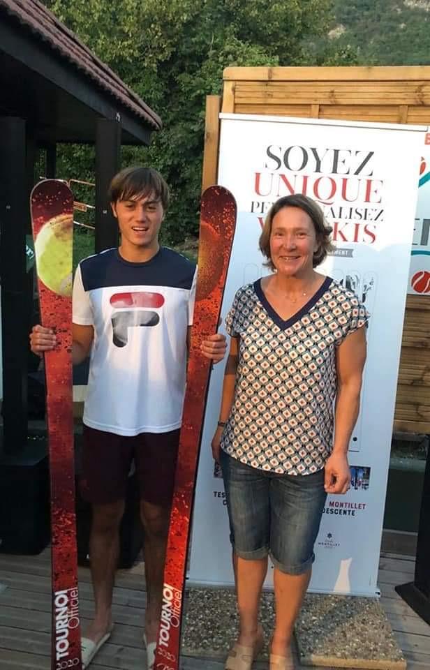 Vainqueur du tournoi Tennis senior de Veyrier-du-Lac 2020