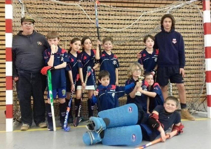 Julien et les jeunes hockeyeurs du HCG : Plaisir, partage & passion.