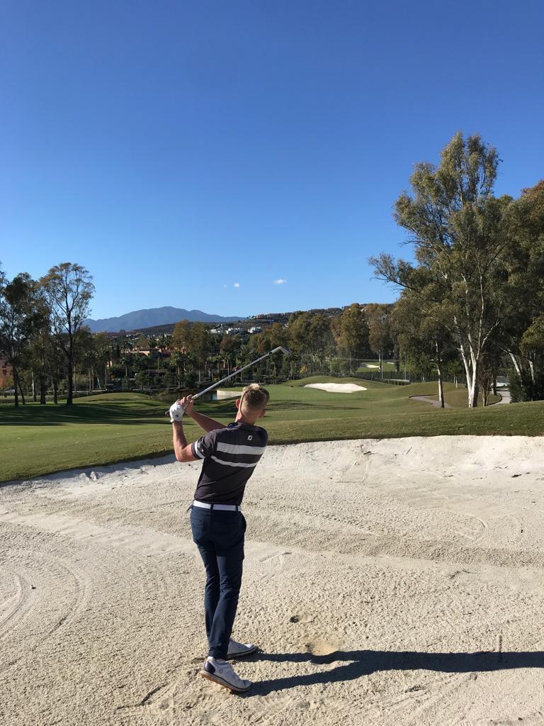 Sortie de bunker au golf d'Atalaya (Marbella-Espagne)